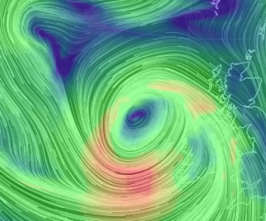 Red indicates 70 knot winds
